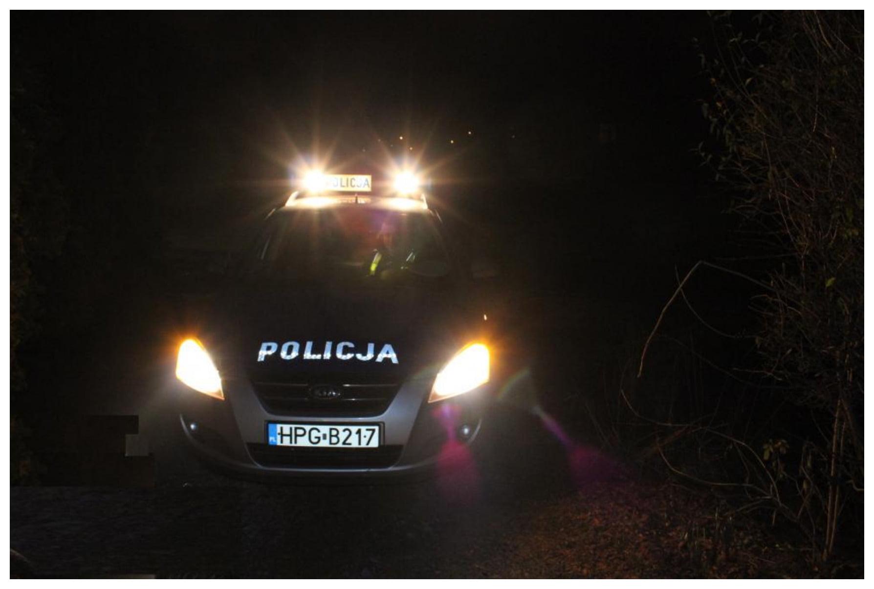2020-04-28 Oświęcim Nieudana zamiana miejsc Policjanci zatrzymali kierowcę bez uprawnień Komenda Powiatowa Polic[...]